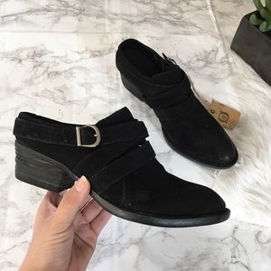 NWT Born Buckles Slip On Black Leather Mules